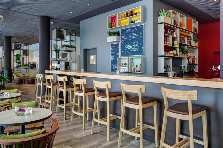 Hotelbar 1 - K Messe 2019 IntercityHotel Duisburg