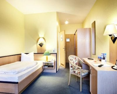 Einzelzimmer Hotel Hannover Airport by Premiere Classe - Hotels for EMO Hannover 2019
