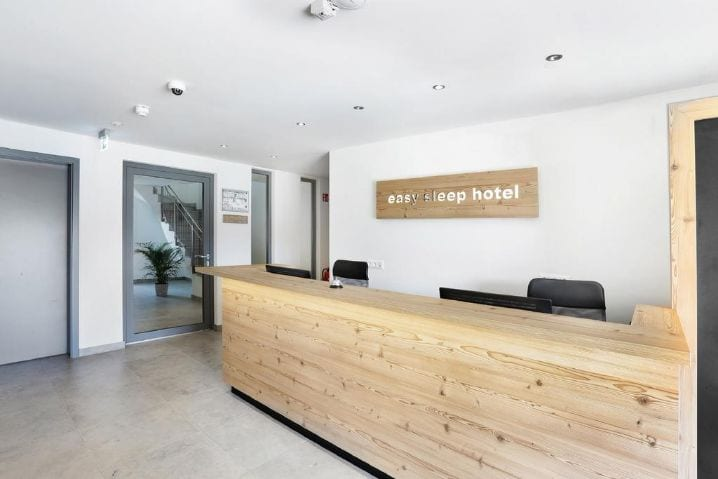 Rezeption easy sleep hotel Landshut - bauma 2019 Messehotel easy sleep hotel Landshut