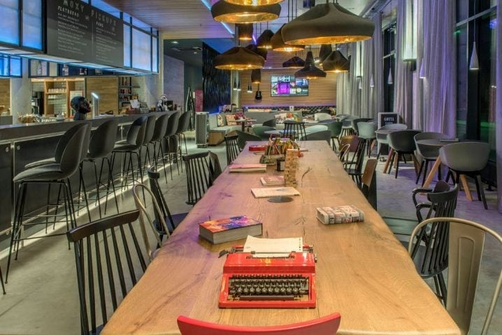 Bar Lounge Moxy Munich Messe - ISPO Munich 2019 Hotel Moxy Munich Messe Aschheim