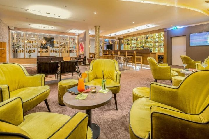 Bar Lounge Best Western Plus iO Hotel - ISH 2021 Best Western Plus iO Hotel Schwalbach am Taunus