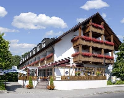 Hotel Feldmochinger Hof Außen - Trade Fair Hotels IFAT 2022 Munich
