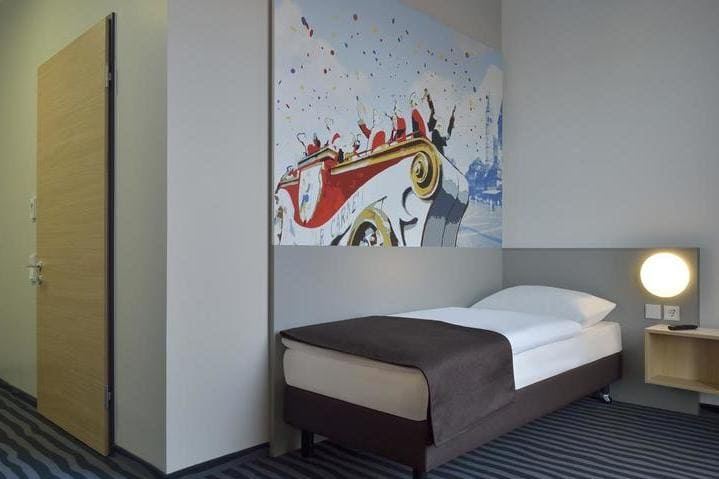 Einzelzimmer BB Hotel Mainz - Light + Building 2020 B&B Hotel Mainz-Hbf