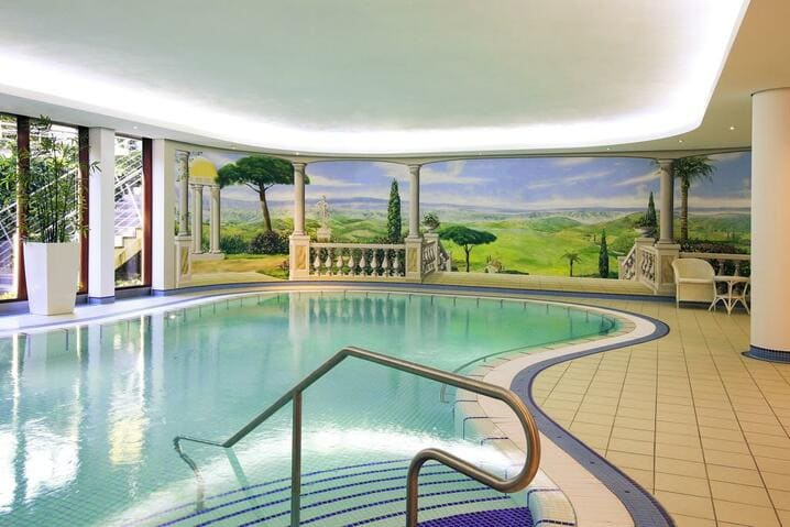 Pool Mercure Hotel Plaza Essen - MEDICA 2020 Mercure Hotel Plaza Essen